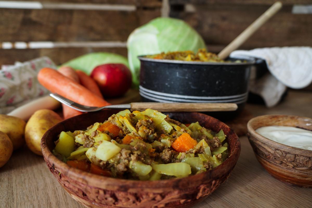 pedellens gryderet med kød og grøntsager