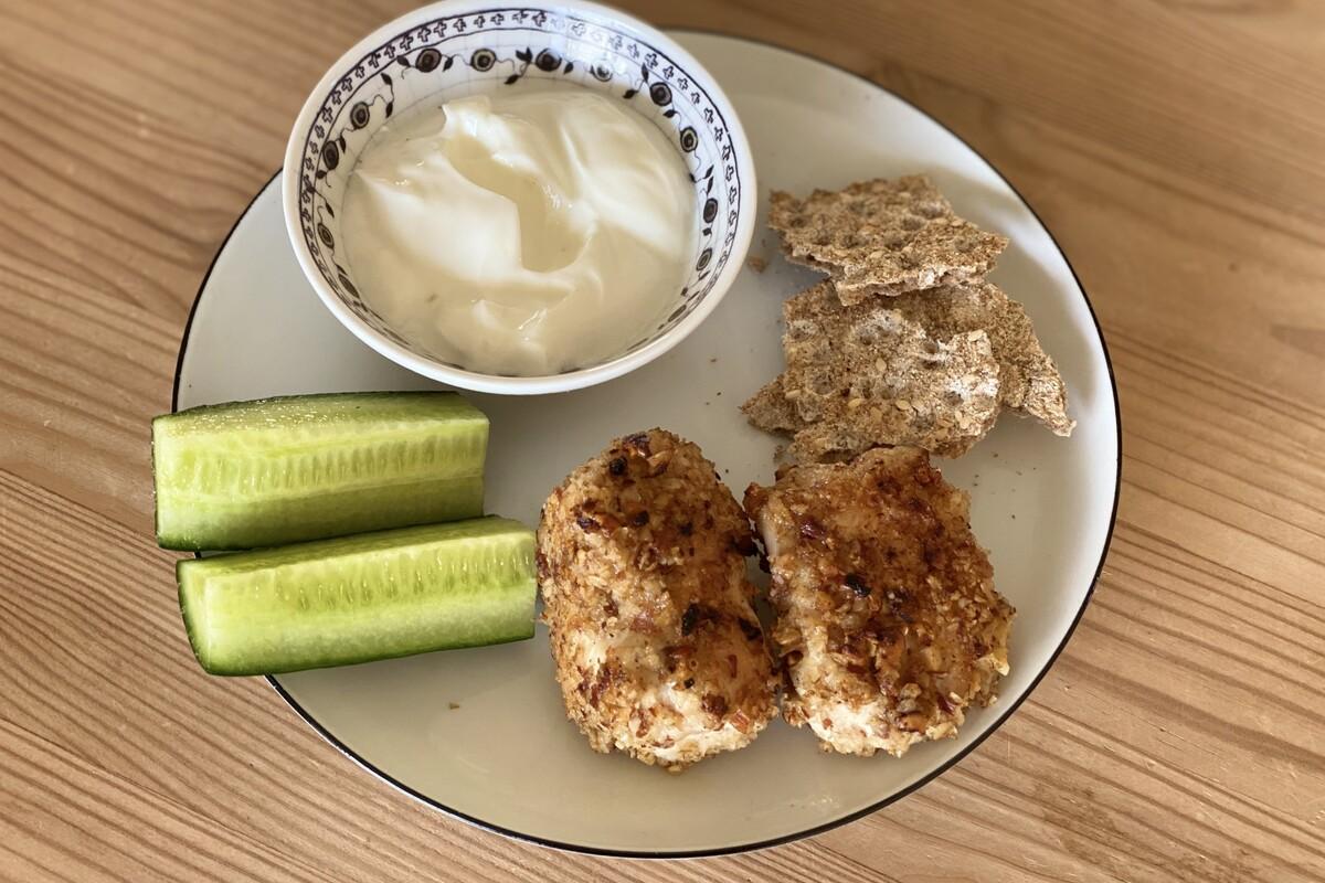 kyllinge-nuggets med mandler og havregryn