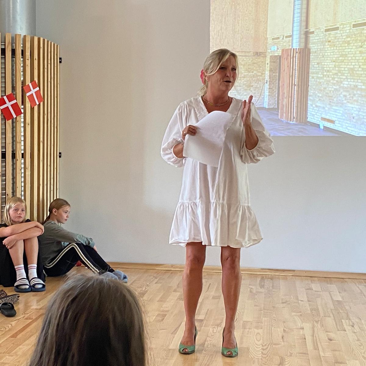 Christine Conradsen holder tale