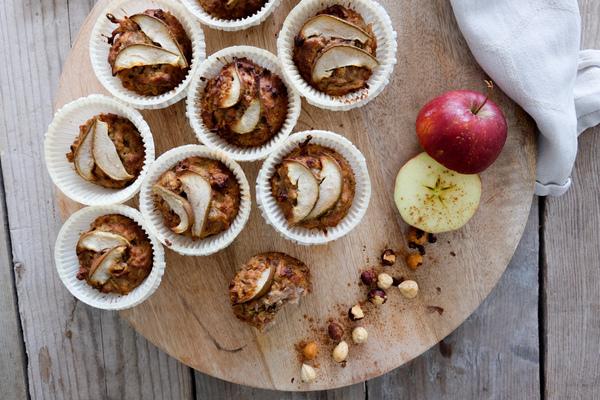muffins med havregryn og æble